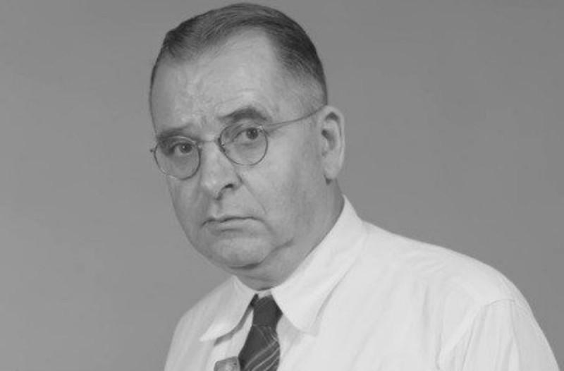Ο ερπετολόγος Karl Patterson Schmidt