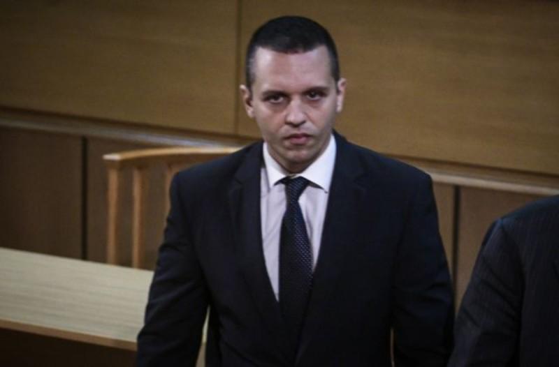 Δίκη Χρύσης Αυγής: Παραδόθηκε ο Ηλίας Κασιδιάρης