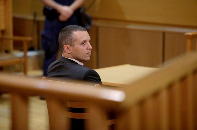 Δίκη Χρυσής Αυγής: «Ο σώζων εαυτόν σωθήτω», η τακτική των καταδικασθέντων πρώην βουλευτών