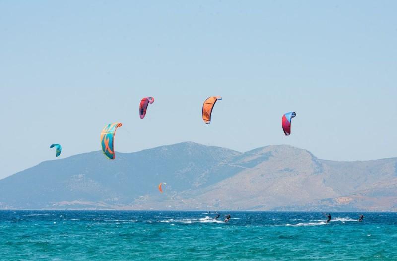 Νεκροί δυο kite surfers στη Ρόδο
