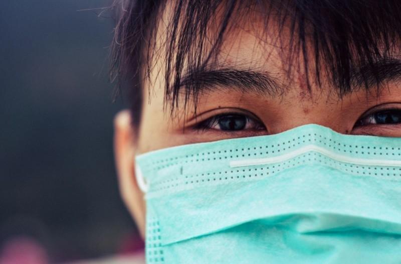Κορωνοϊός μάσκα