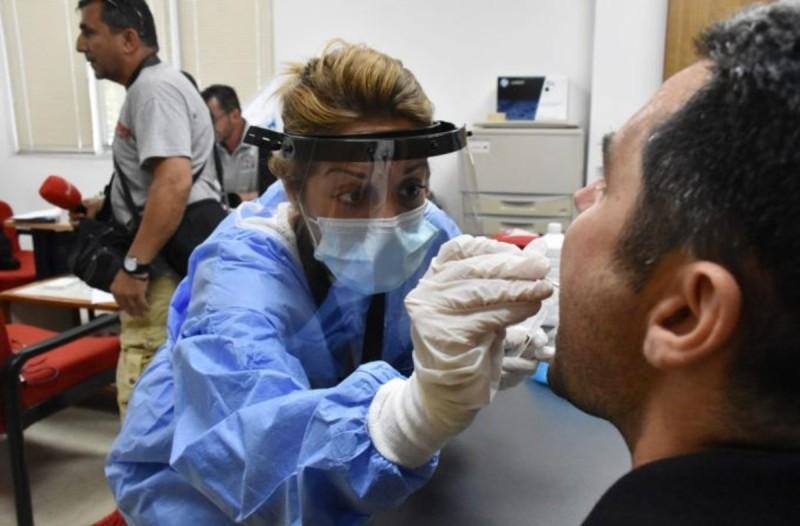 Κορωνοϊός: Πάνω από 11.000 κρούσματα μέσα σε ένα 24ωρο - Νέο αρνητικό ρεκόρ