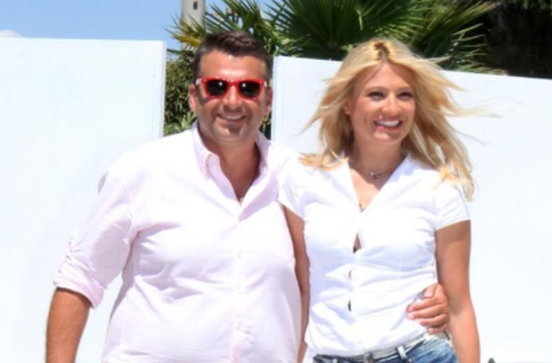 Γιώργος Λιάγκας: Η αδιανόητη νέα σύντροφος του παρουσιαστή - Θα... πεθάνει η Σκορδά (ΦΩΤΟ)