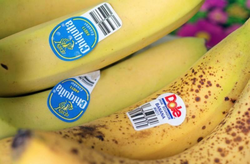 Έχετε παρατηρήσει τα αυτοκόλλητα πάνω στις μπανάνες; - Δείτε τι μπορεί να σας αποκαλύψουν