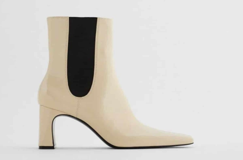 Παπούτσια με τακούνι από τα καταστήματα ZARa