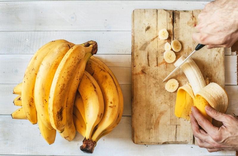 Απίστευτο: Μετατρέψτε τα παραγινωμένα φρούτα σε διάφορες απολαύσεις