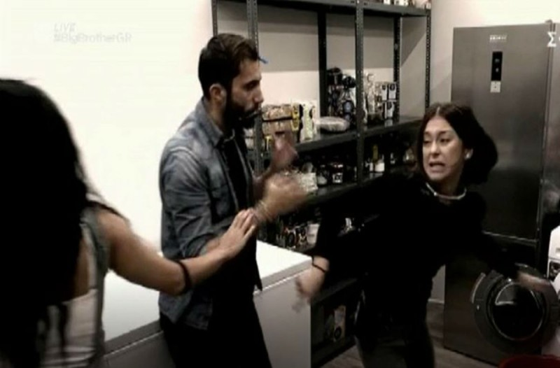 Big Brother: Γυαλιά καρφιά τα έκανε η Ραΐσα - Ούρλιαζε και κλωτσούσε πράγματα