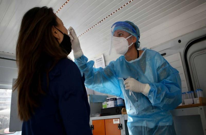Συναγερμός στο Περιστέρι: Εντοπίστηκαν 43 νέα κρούσματα κορωνοϊού μέσα από τα rapid tests