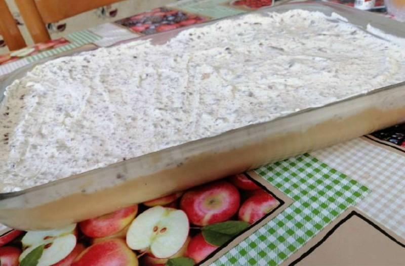 Λαχταριστό γλυκό ψυγείου με ζαχαρούχο γάλα και 4 υλικά μόνο
