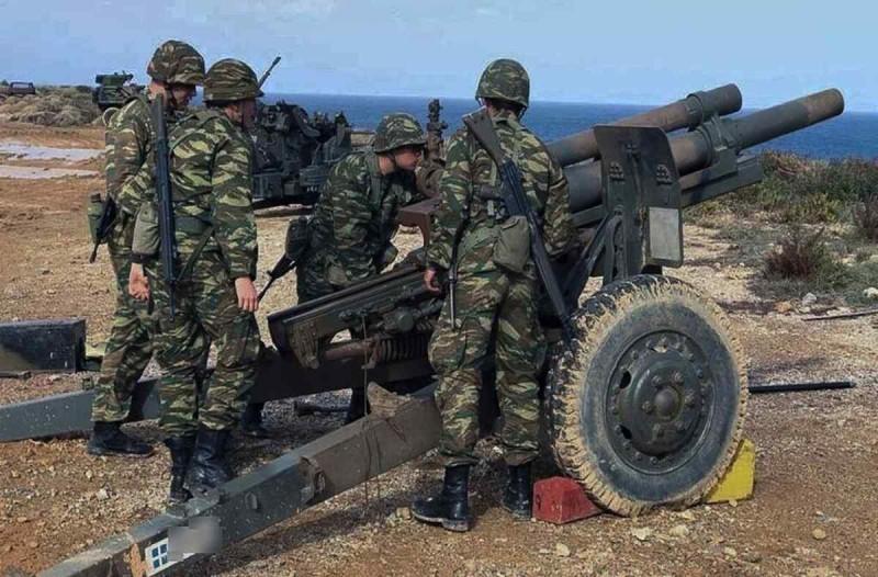 Την αύξηση της στρατιωτικής θητείας προανήγγειλε ο υπουργός Εθνικής Άμυνας