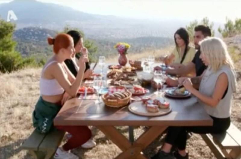 The Bachelor: Ξενέρωσαν ξανά τον Βασιλάκο - Έξαλλος στο ραντεβού με τα κορίτσια