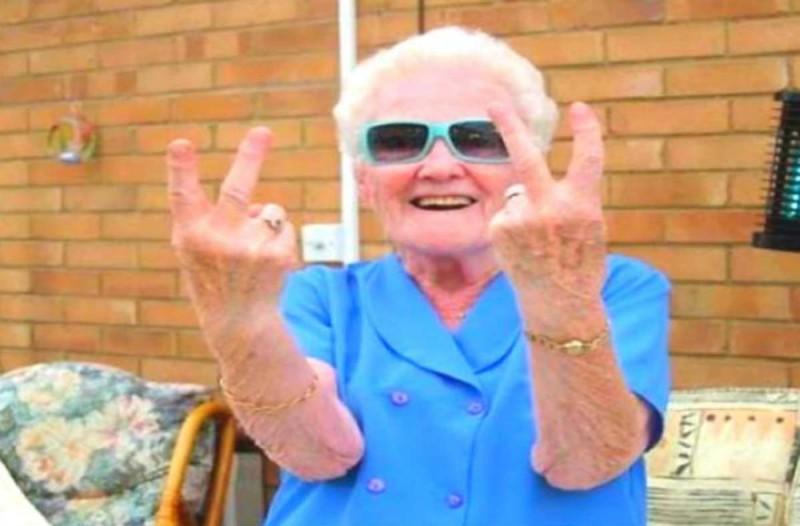 Ο τυφλός και η γιαγιά: Το ανέκδοτο της ημέρας (28/11)