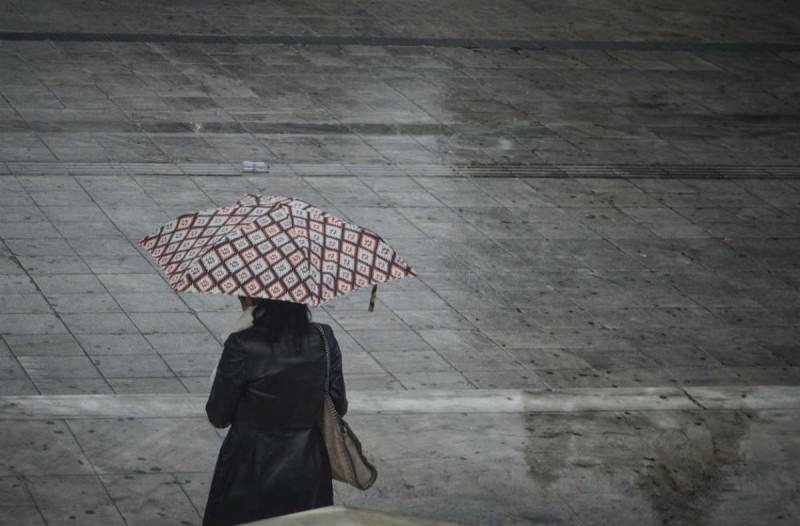 Καιρός σήμερα: Πτώση της θερμοκρασίας, με βροχές και καταιγίδες