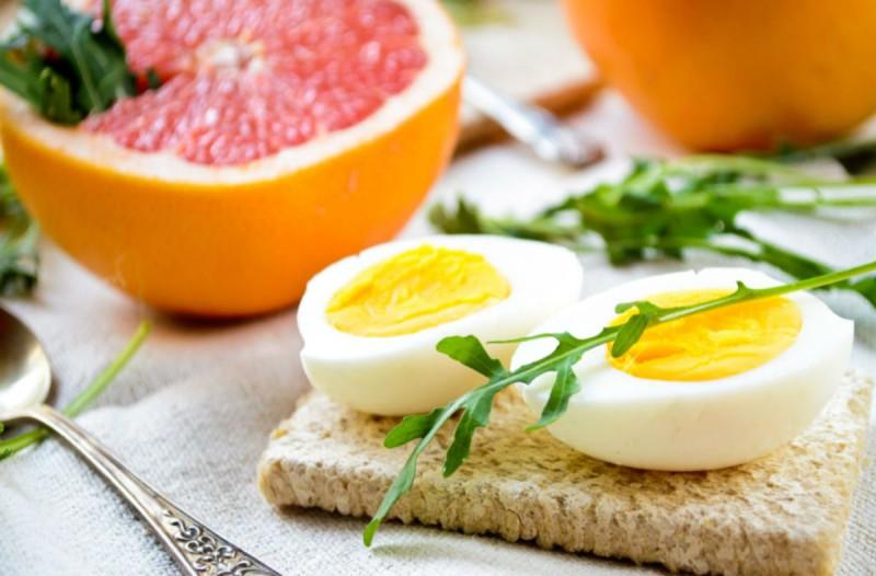 Η θαυματουργή δίαιτα με τα αυγά και το γκρέιπφρουτ που θα σε κάνει άλλο άνθρωπο μέσα σε 4 ημέρες