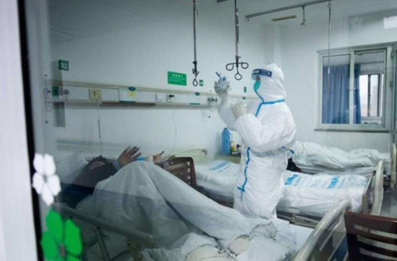 Κορωνοϊός: Δεδομένη η παράταση του απαγορευτικού - Μεγάλη η πίεση στο ΕΣΥ και επίταξη ιδιωτικών κλινικών
