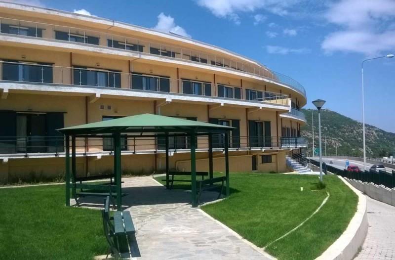 Κορωνοϊός: Συναγερμός σε γηροκομείο της Καβάλας με νεκρό και 30 κρούσματα