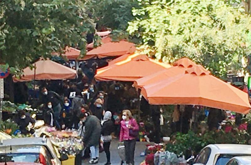 Το απόλυτο χάος σε λαϊκές αγορές στην Αθήνα και τη Θεσσαλονίκη -