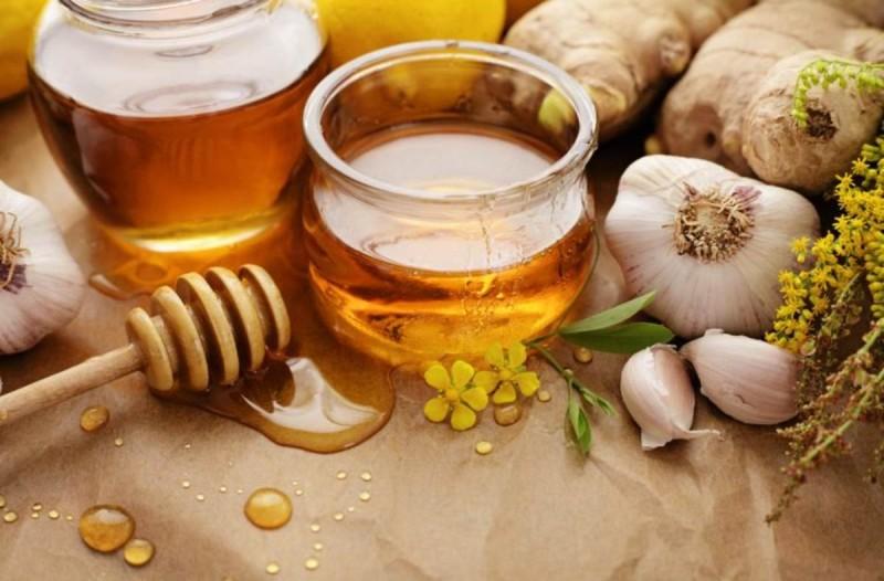 Μέλι με σκόρδο τι συμβαίνει αν το πάρετε για 7 συνεχόμενες ημέρες με άδειο στομάχι