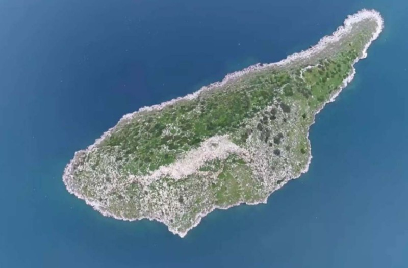 """Το ελληνικό νησί που μοιάζει με την… Κύπρο – Το """"δίδυμο"""" αδελφάκι της με την άγρια ομορφιά!"""