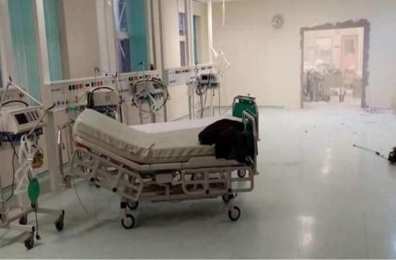 Ασφυκτική η κατάσταση στο νοσοκομείο Αλεξανδρούπολης - Γκρεμίζουν τοίχους για να φτιάξουν ΜΕΘ