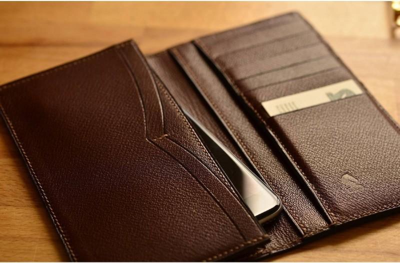 Μετά από 26 χρόνια βρήκε το πορτοφόλι του - Αυτό που ανακάλυψε τον άφησε έκπληκτο