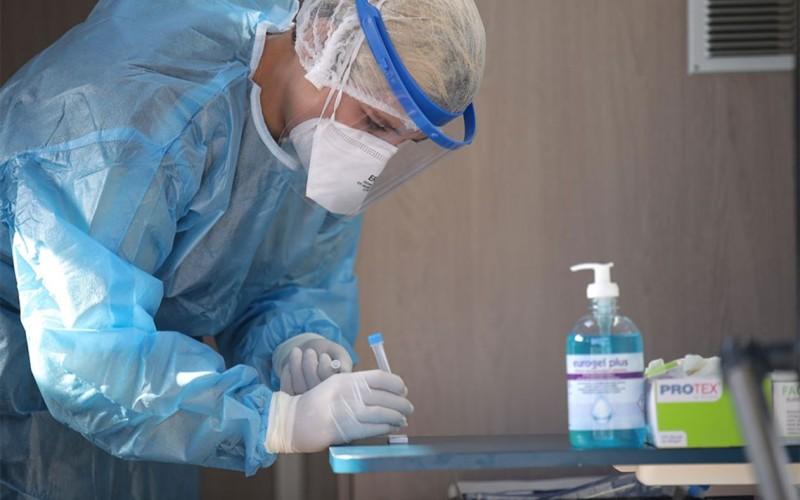 ΕΟΔΥ: Εντοπίστηκαν 69 κρούσματα σε 1.362 rapid test