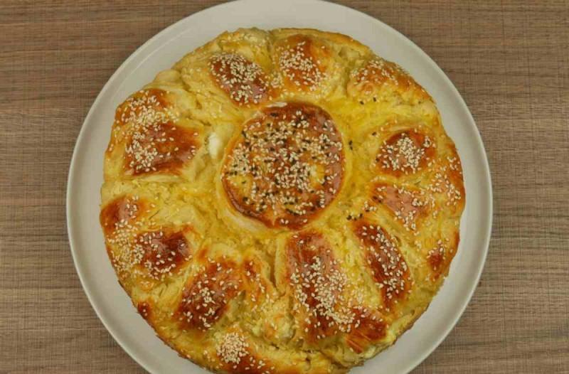 Τυρόπιτα... στο άψε σβήσε με ζύμη γιαουρτιού και φέτα
