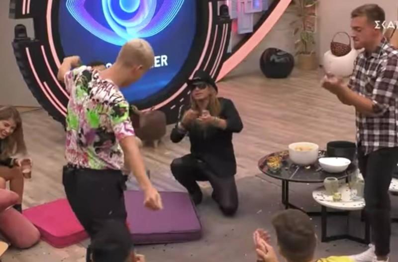 Κλάμα: Το ζεϊμπέκικο… σκέτο έπος που ξεσήκωσε το σπίτι του Big Brother