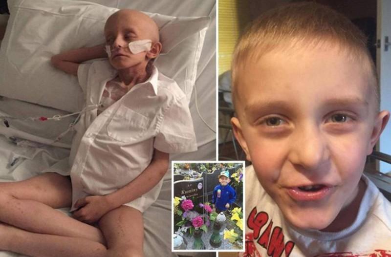 «Θάψτε με στο φέρετρο με τη μαμά μου»: Η τελευταία επιθυμία ενός 7χρονου καρκινοπαθή