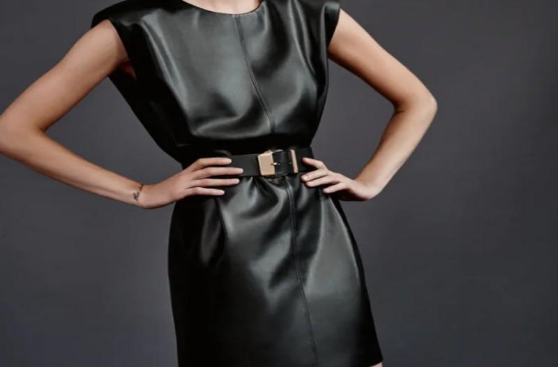 ZARA φόρεμα με υφή δέρματος και ζώνη