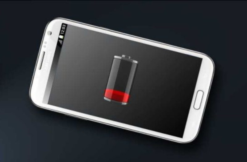 Μεγάλη προσοχή: Για αυτό το λόγο το κινητό σας ξεφορτίζεται τόσο γρήγορα