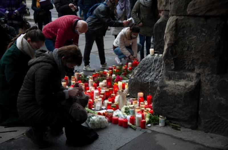 Γερμανία επίθεση στο Τρίερ: Σημείωμα στο μωράκι και το γιατρό που έχασαν τη ζωή τους
