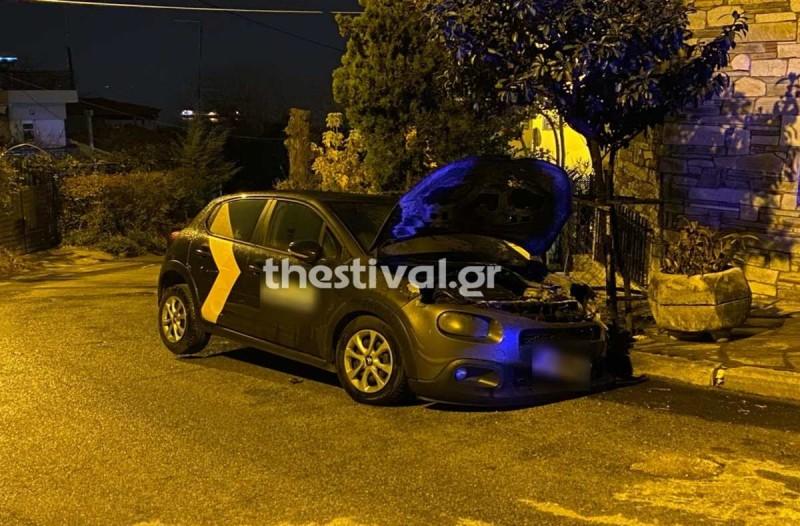 Θεσσαλονίκη: Εμπρηστική επίθεση σε αυτοκίνητο στην Άνω Πόλη
