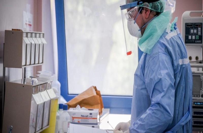 Κορωνοϊός - Λαμία: Θετική βρέθηκε υπάλληλος γηροκομείου