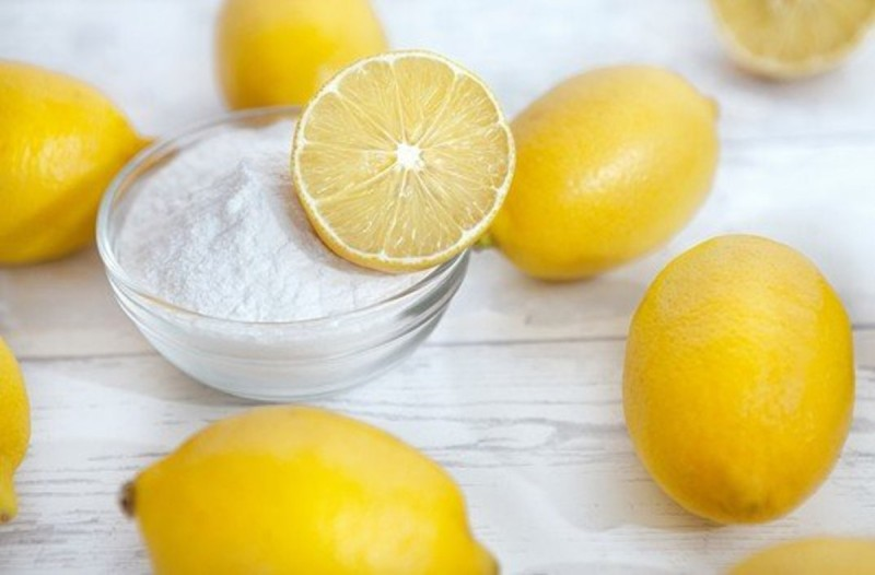 Λεμόνι και μαγειρική σόδα
