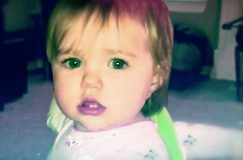 Μητέρα έβαλε κρυφή κάμερα στο δωμάτιο του μωρού της - Μόλις είδε τι είχε καταγράψει «πάγωσε» (Video)