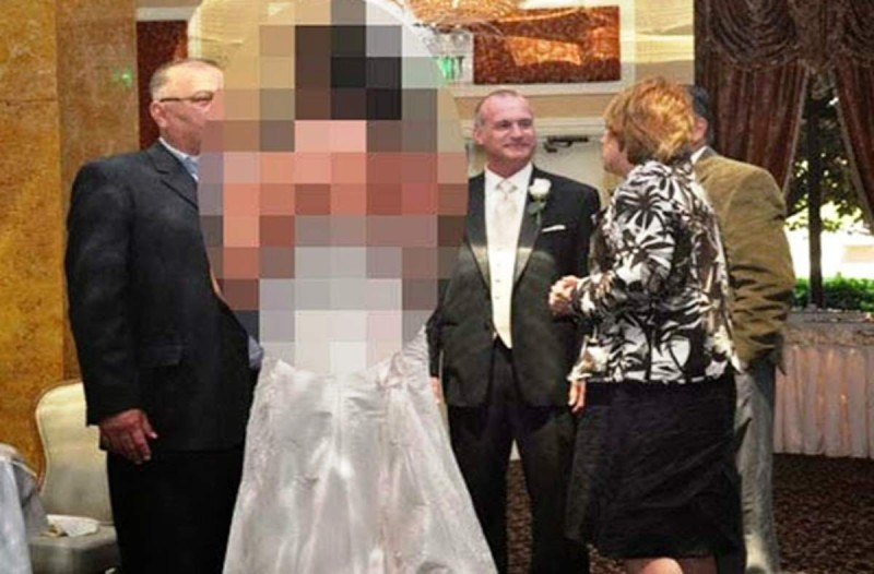 Τέτοια νύφη σίγουρα δεν έχετε ξαναδεί στη ζωή σας - Τυχερός ή άτυχος ο γαμπρός;