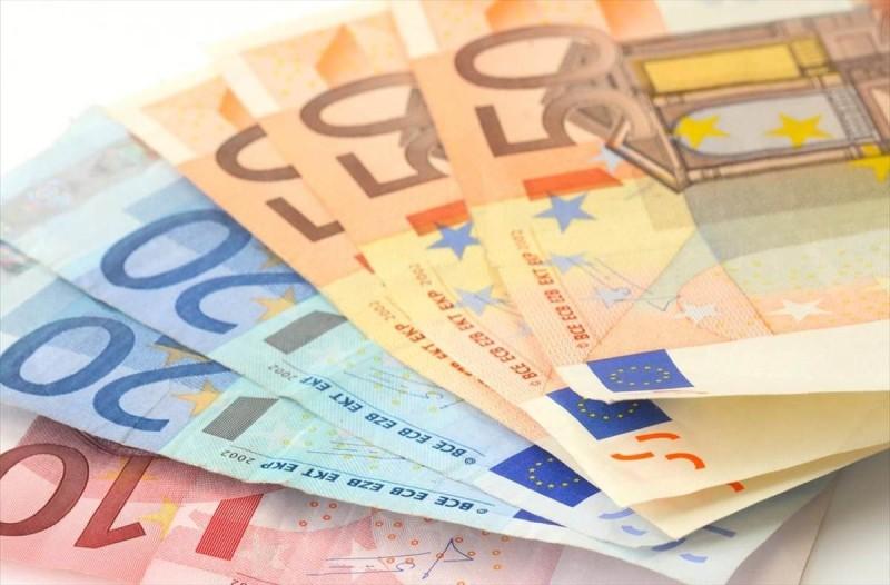 Επίδομα 400 ευρώ ΟΑΕΔ καταβλήθηκε στο 55% των δικαιούχων