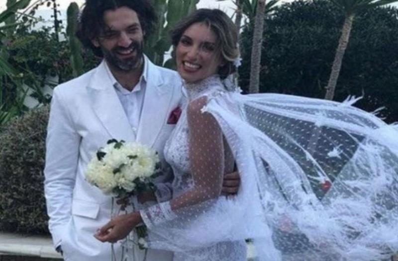 Καραγκιοζιλίκια και ένταση στον γάμο Οικονομάκου – Μιχόπουλου: Τι την είχε