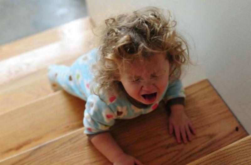 Γονείς Προσοχή: Βρίσκεται σε όλα τα σπίτια και δηλητηριάζει 60.000 παιδιά κάθε χρόνο!