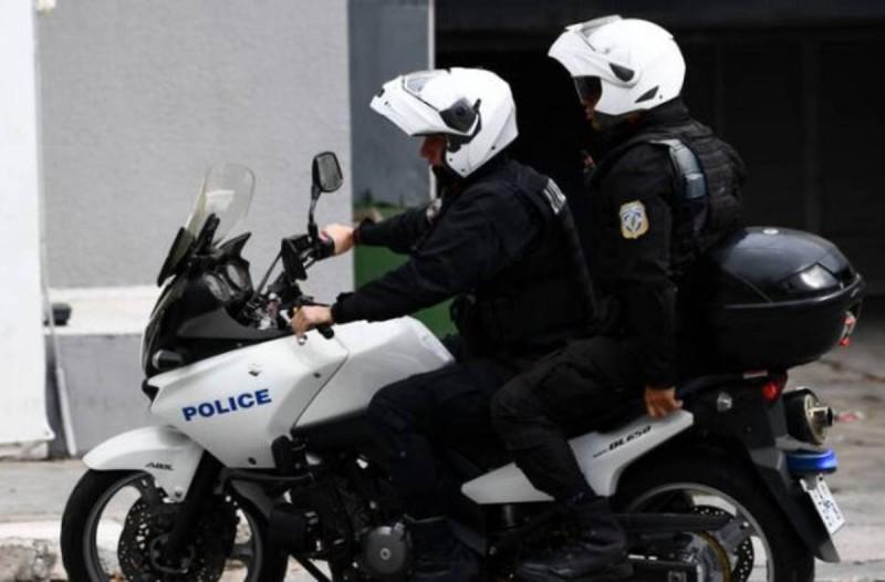Σοκαριστικό τροχαίο σε επιχείρηση της Αστυνομίας: Δύο τραυματίες στην προσπάθεια σύλληψης εμπόρων ναρκωτικών
