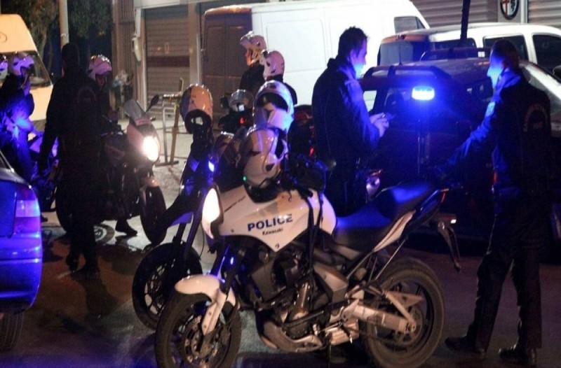 Σύλληψη 35χρονου στην Θεσσαλονίκη που έσπασε την καραντίνα και διακινούσε ναρκωτικά