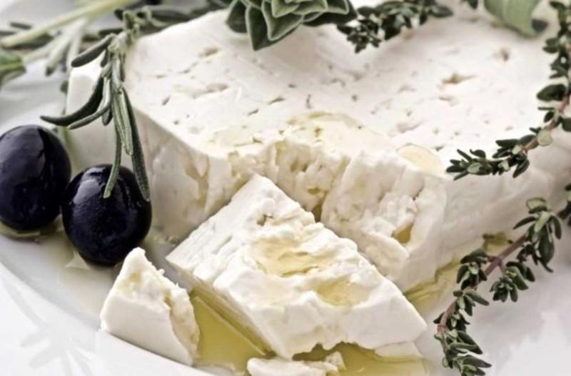 Μεγάλη Προσοχή: Δείτε τι παθαίνει η καρδιά αν τρώτε τυρί κάθε μέρα