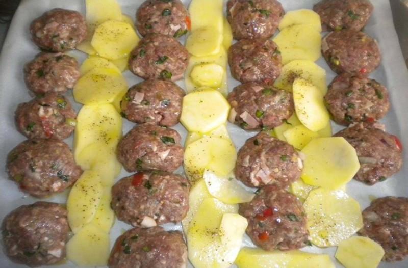 Συνταγή για κεφτεδάκια με πατάτες
