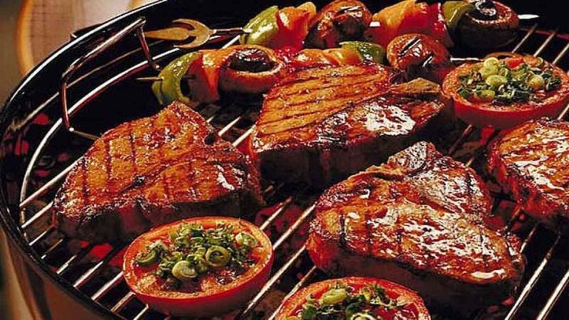 Δείτε πώς θα γίνει το ψητό κρέας πιο ζουμερό