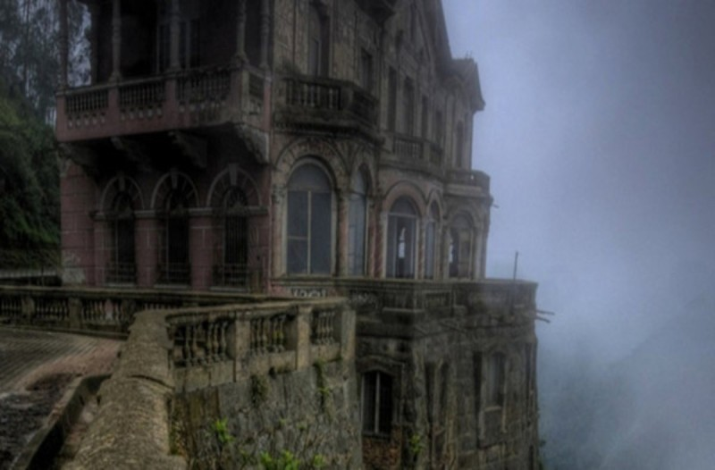 Παρατημένο ξενοδοχείο στην Κολομβία - Τι φοβούνται οι  κάτοικοι της περιοχής