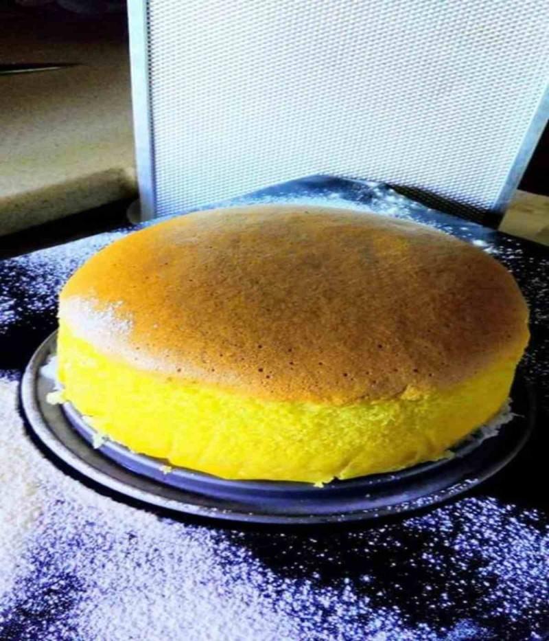 Συνταγή για λαχταριστό κέικ σκέτος αφρός