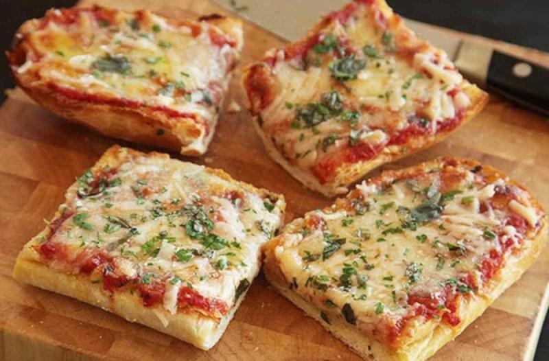 Συνταγή για πίτσα με ψωμί του τοστ