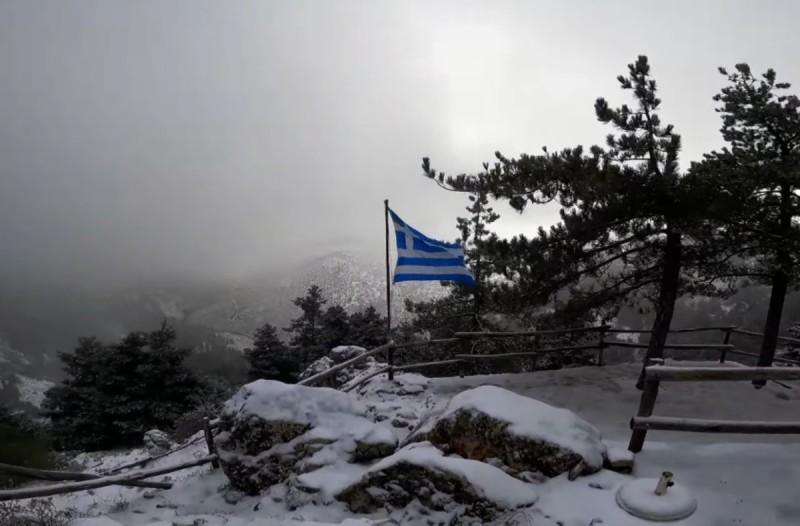 Η φωτογραφία της ημέρας: Χιόνια στη μαγευτική Πάρνηθα!