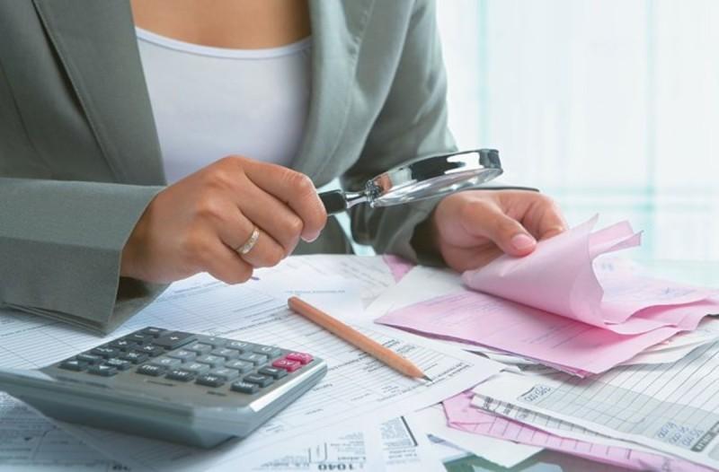 ΑΑΔΕ: Το 2021 θα φέρει μπαράζ φορολογικών ελέγχων